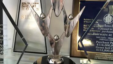 CREATIVE MINDWORKS - Award 2
