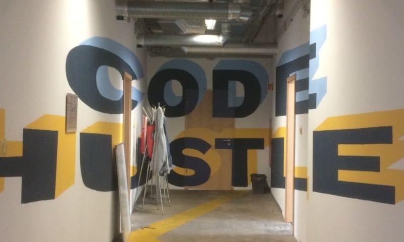 Coding Sans - Photo - 1