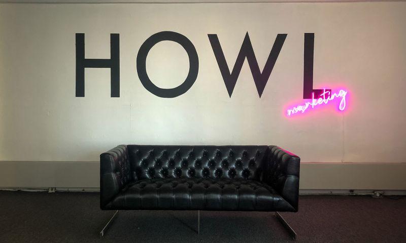 Howl - Photo - 2