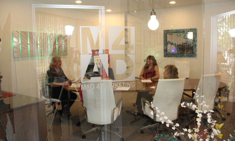 Mad 4 Marketing - Photo - 2