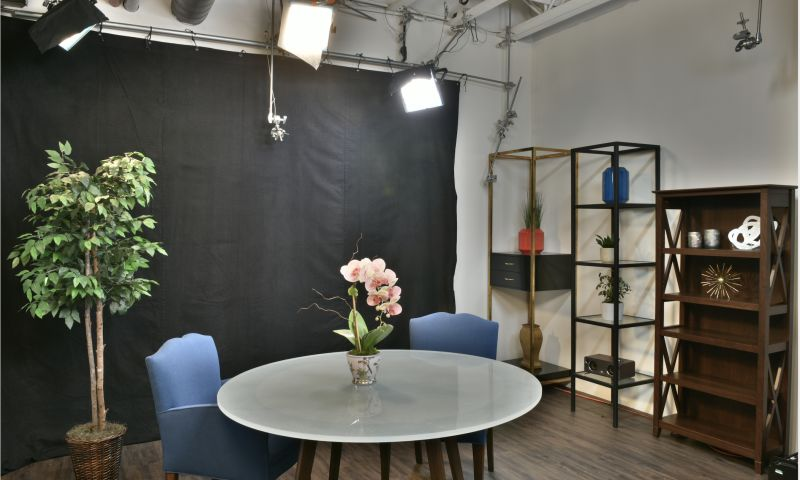 MediaOne Studios - DIgiPowers - Photo - 1