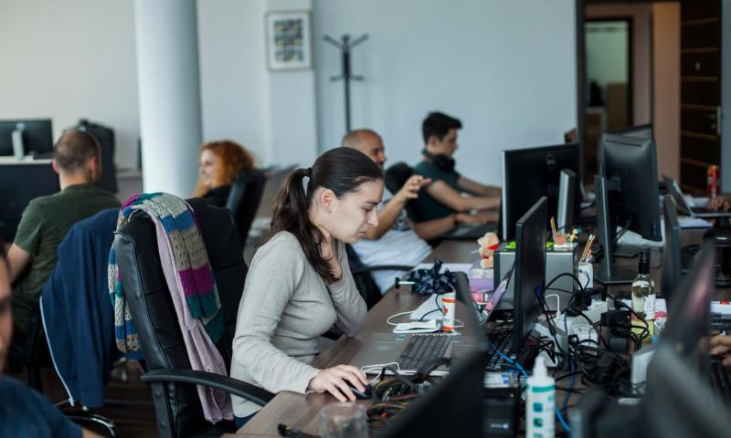 Code Runners - Photo - 2
