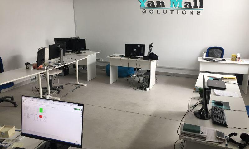 Yan Mall Solutions - Photo - 1