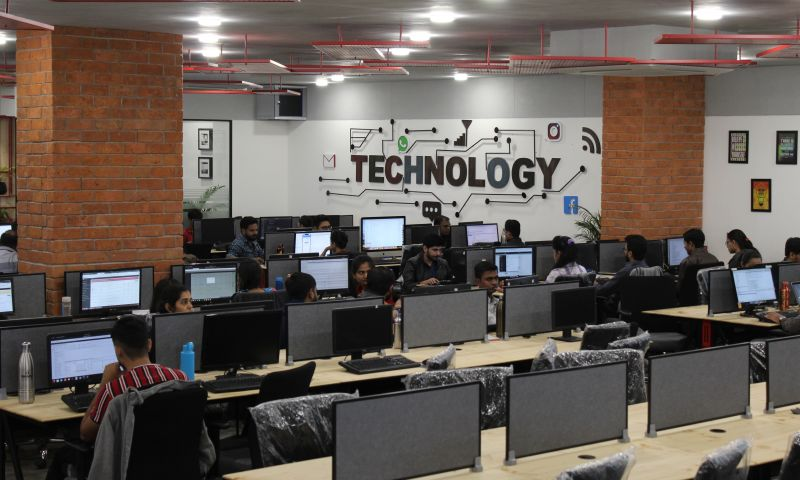 The One Technologies - Photo - 2