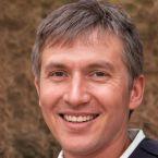 Alexander Right, CEO