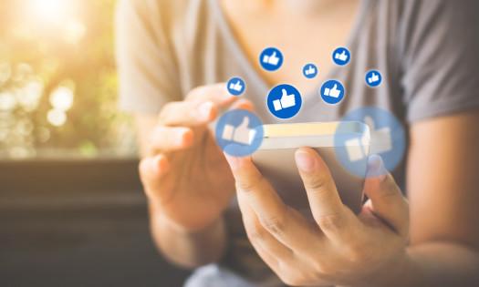 Facebook Algorithm Links Woman Smartphone