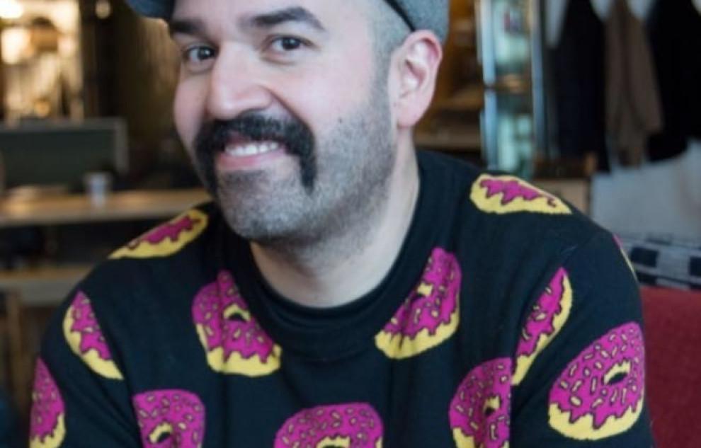 Interview with Joe Valenzuela, Senior Graphic Designer at Hickory Farms