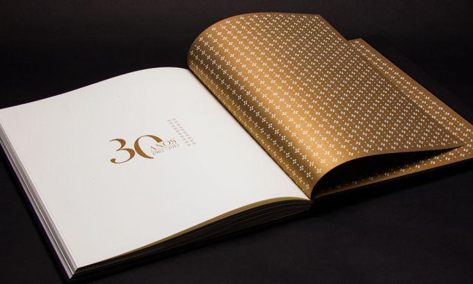 FNE 30 Years Elegant Print Design