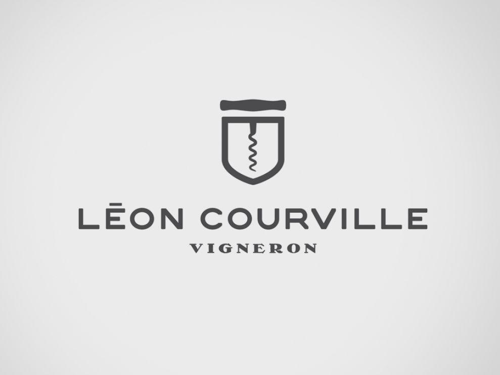 Léon Courville Vigneron Top Logo Design