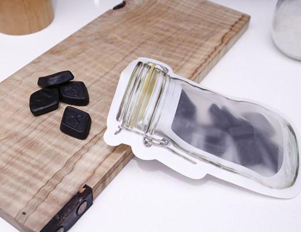 Kikkerland Zipper Mason Jar Refreshing Package Design