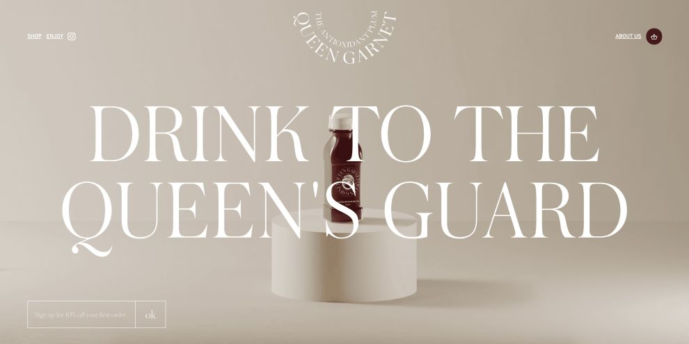 Queen Garnet's Website Uses Stunning Imagery And Sleek Typography To Create A Consistent User Journey (slide 1)