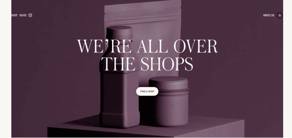 Queen Garnet's Website Uses Stunning Imagery And Sleek Typography To Create A Consistent User Journey (slide 8)