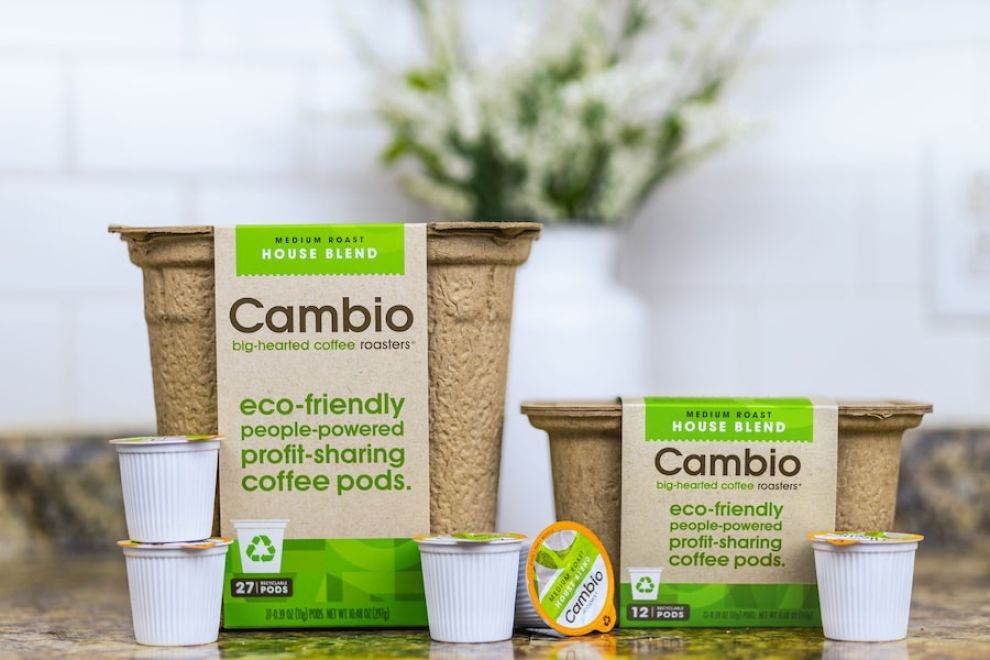 Cambio Roasters package design