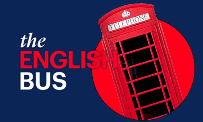 The English Bus Site Leads Users On Mesmerizing Guided Tours