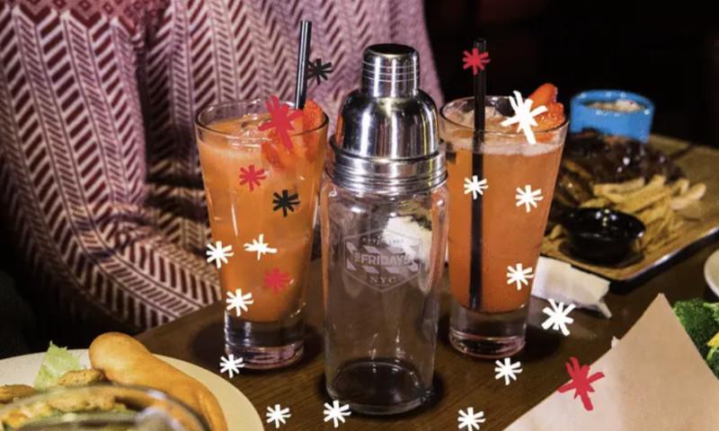 Sociallyin - Shaker On The Bar