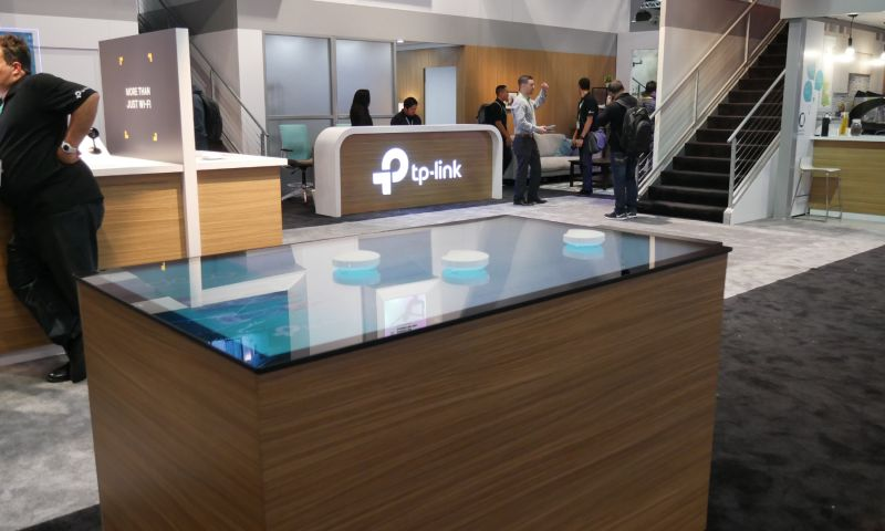 spinTouch Interactive Agency - TP-Link, Deco Wi-Fi Interactive Touch Table Experience