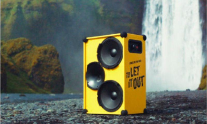 Essencius - Influencer & PR to Let it out, Visit Iceland