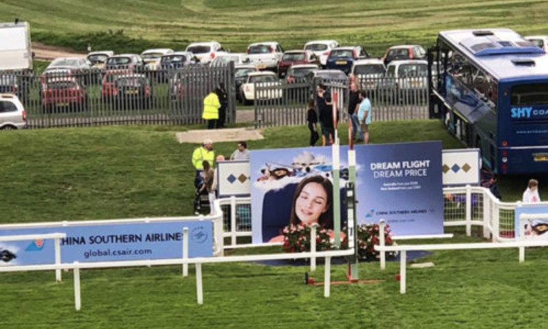 Crowd - Off to a flying start with China Southern Airlines