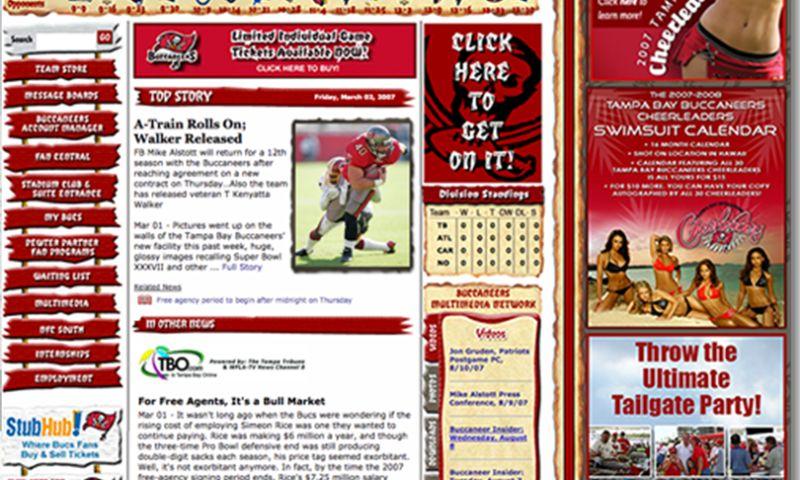 TimeHoodie - Tampa Bay Buccaneers