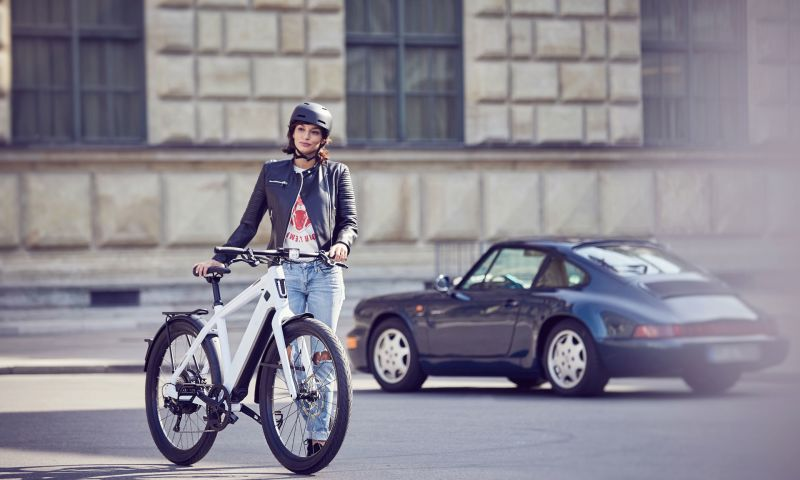 Ivory Productions GmbH & Co. KG - Stromer - Life's a Ride