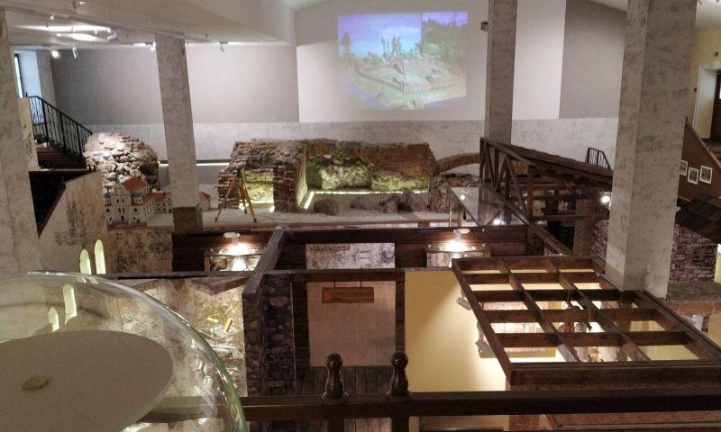 UNL Solutions - Archeological Museum