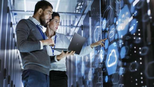 Business owners looking for managed IT service providers