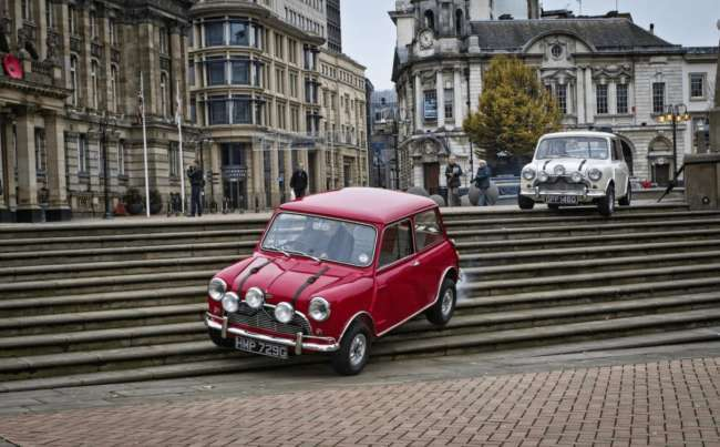 Stealth marketing examples: Mini Cooper