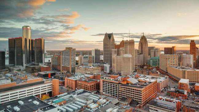 Skyline of downtown Detroit at sunset