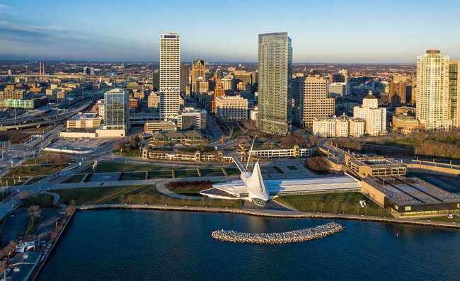 Milwaukee web design: aerial view of downtown Milwaukee
