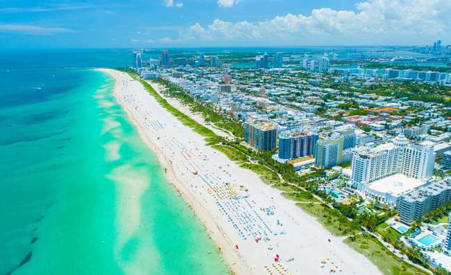 aerial view of Miami's long beaches