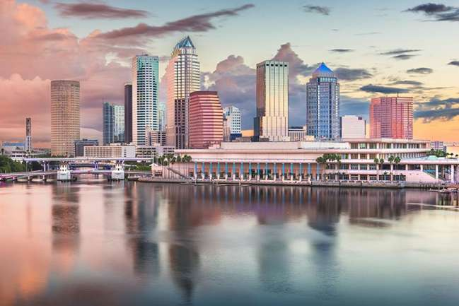 skyline of Tampa at dusk