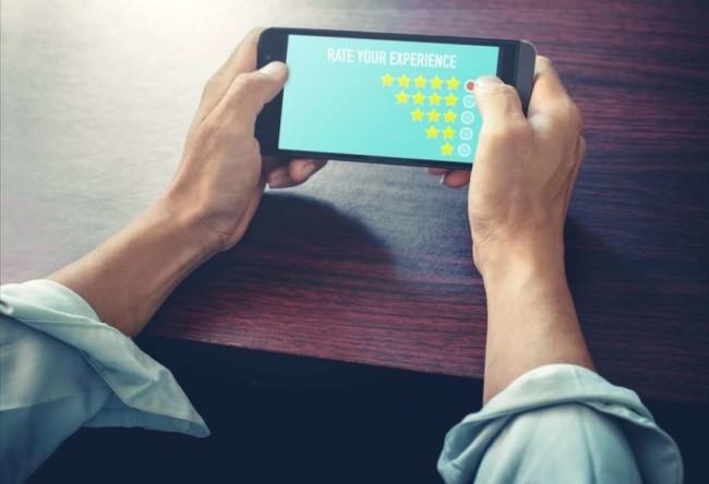 A customer rating a company