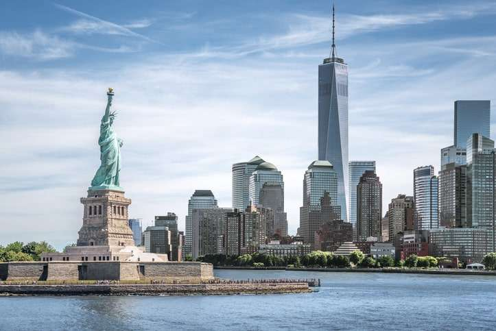 New York public relations: New York city with network and connection technology