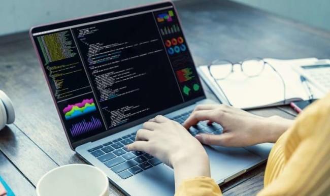Best DevOps tools: a software developer working on a project
